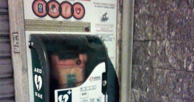defibrillatore roseto