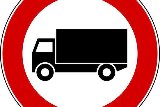 divieto bus camion