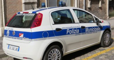 Auto Polizia Municipale Vigili