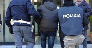 foto arresto polizia
