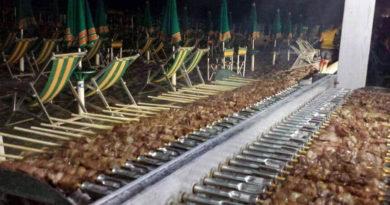 roseto spiaggia arrosticini