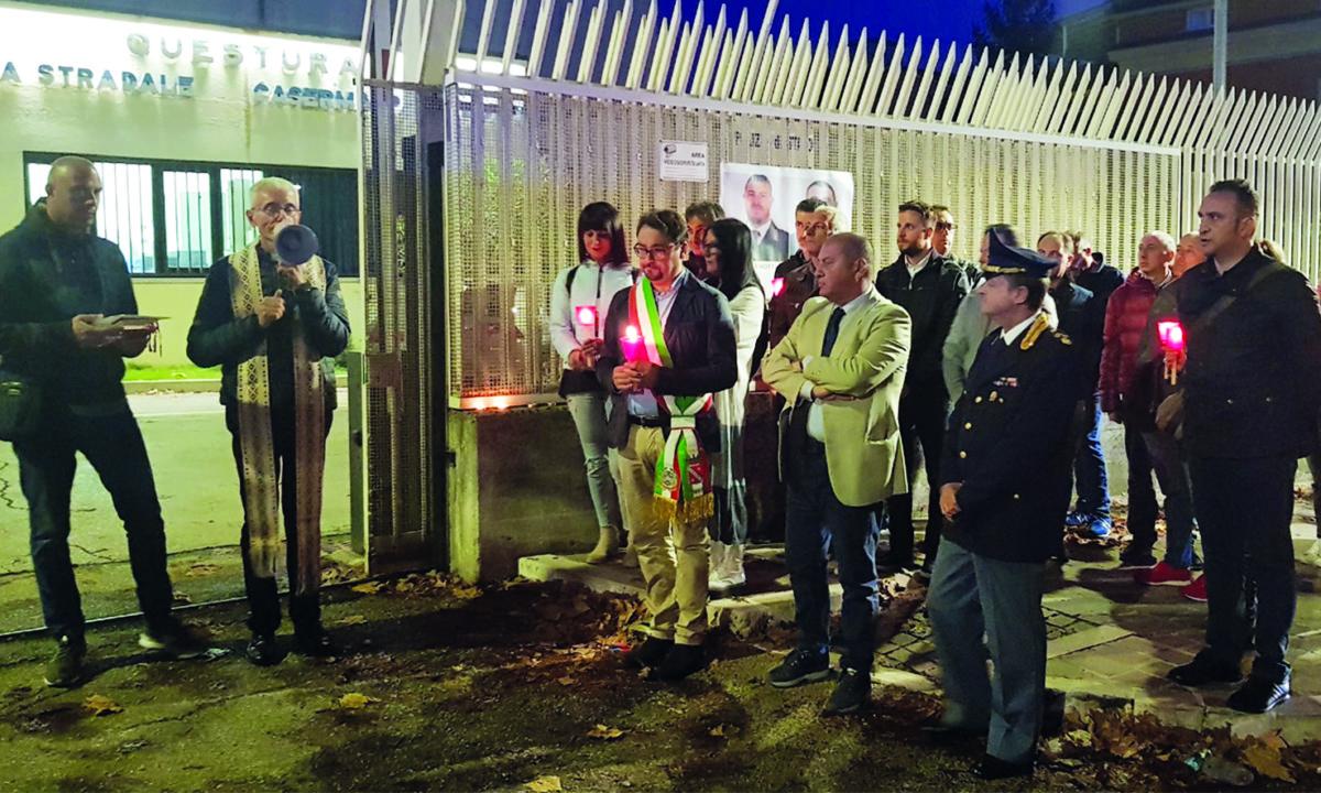 commemorazione polizia