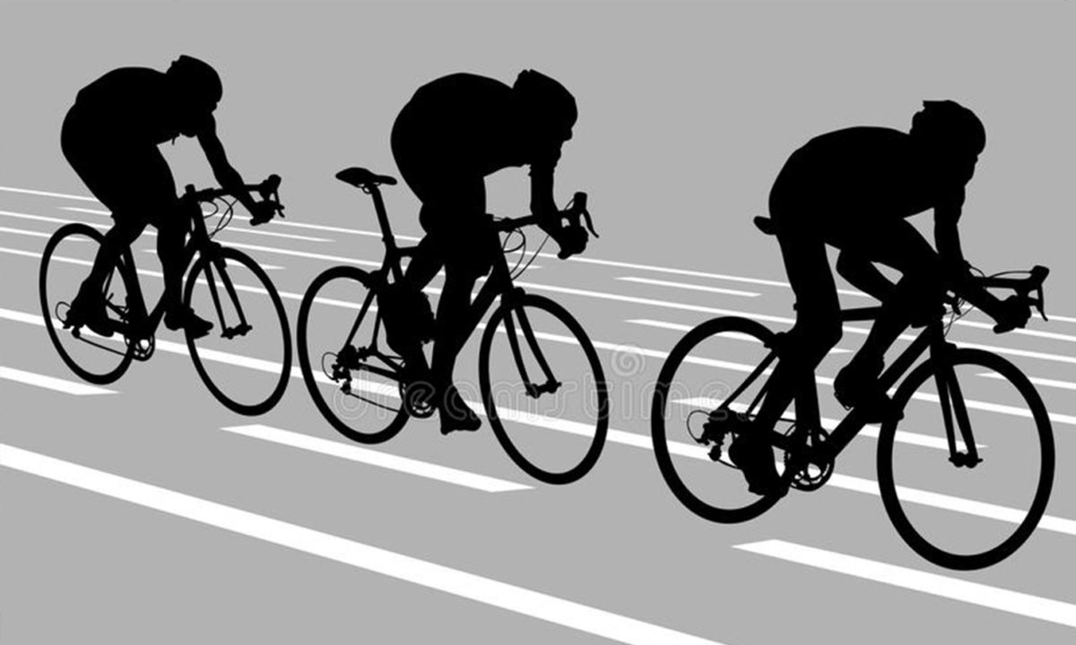 tre ciclisti